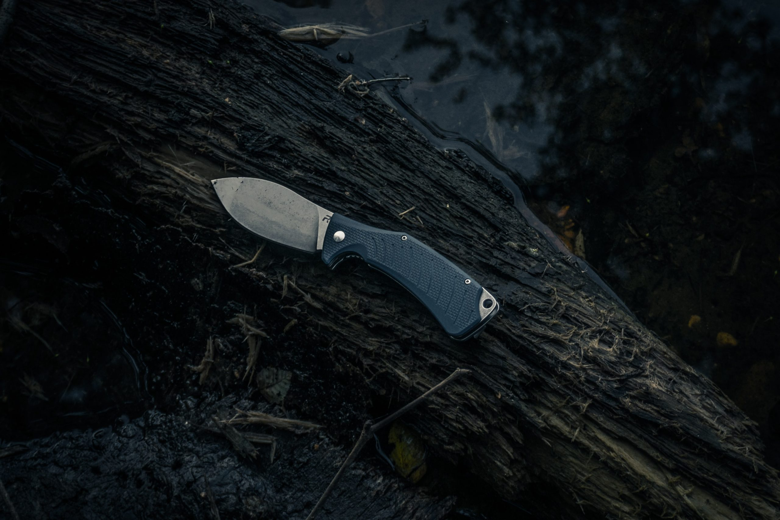 2020's Best Survival Knife Reviews