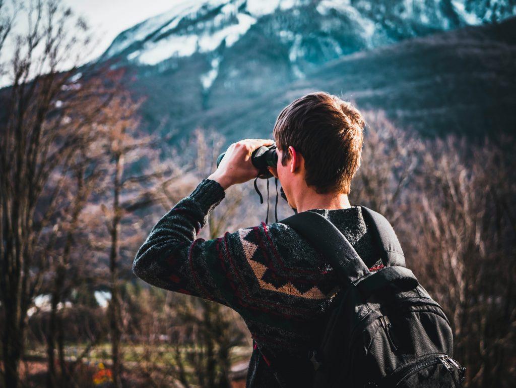 Best Binocular for Birding